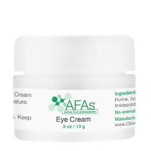 AFA Eye Cream er en ekstra skånsom, ultrarik, optimalisert formel som gir maksimal fuktighet, beskyttelse og foryngelse rundt øynene. AFA Eye Cream er formulert for å tilby pasienter de kraftige lysende fordelene med L-askorbinsyre (C-vitamin) så vel som våre patenterte aminobaserte filaggrin-antioksidanter for effektivt å redusere utseendet på fine linjer og rynker. AFA Eye Cream er veldig effektiv, så den bør brukes sparsomt da litt går langt! For alle hudtyper.